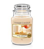 Yankee Candle Freshly Tapped Maple świeca zapachowa 623 g